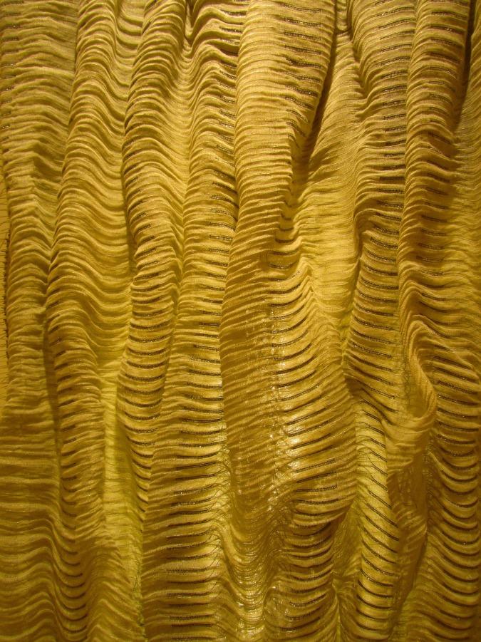fabric-906405_1920