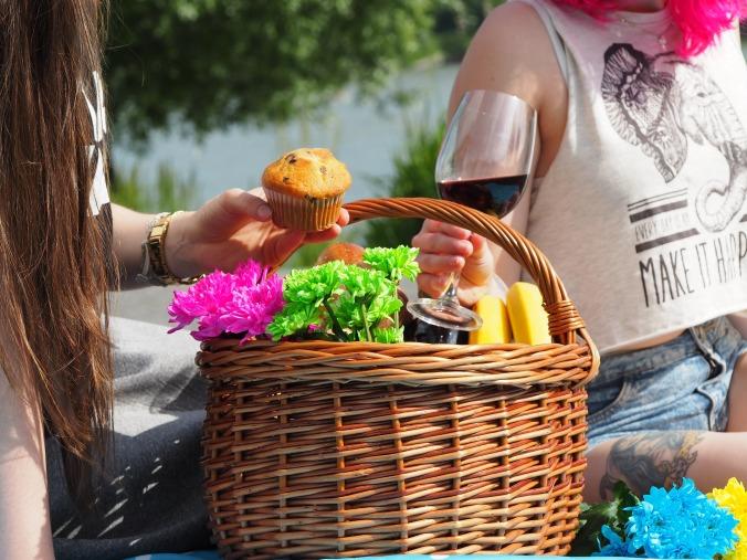 picnic-1456955_1920