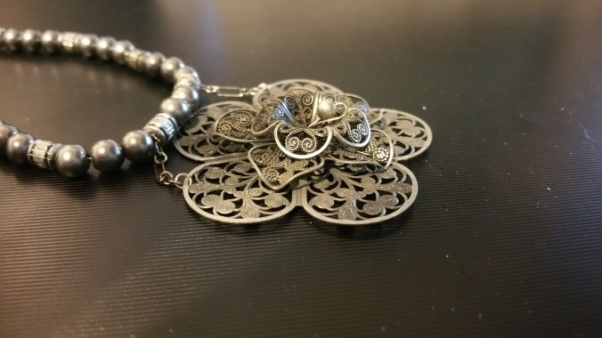 necklace, The Necklace of Harmonia, Greek mythology, love and war